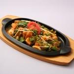 カナピナ - 鉄板焼きのドライ野菜カレー