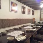 居酒屋 居乃一BAN KANAZAWA - 人気のテーブル席