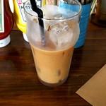 S.F.BURGERs - アイスコーヒー \380