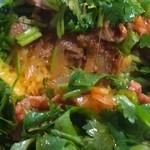 中華 深せん - 少しずつラム肉やスパイス効いてるサフランライス?も出て来て味に深みが出てきました。美味しいです!