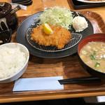 蓮田サービスエリア(下り線)レストラン - ひれかつ定食
