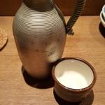 たま商店 - 〆は日本酒で。弥平です