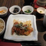 ニジール - カジキマグロの竜田揚げ霙煮御膳