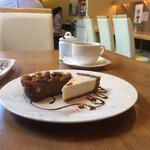70701507 - ケーキ2種盛り