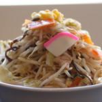 濃厚タンメン三男坊 - 山盛り野菜たっぷり400g!!濃厚ながら後味すっきりの自慢のスープ!
