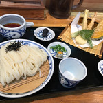 石川うどん - 天ざるうどん990円(税込)
