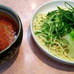 つけ麺 ひこ - 料理写真:広島つけ麺(中盛り) 650円