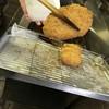 よろずや 狩谷 - 料理写真:今、揚げています