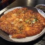 韓国風居酒屋おんどる - チーズチヂミ
