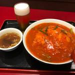 紅宝石 - 麻婆天津飯650円(税込) ※グラスビール付き