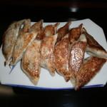 五香居 - 餃子(2人前)
