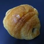 ペルル - 料理写真:チョコクロワッサン81円