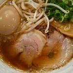麺屋 元武 - ラーメン 650円 + 煮玉子 100円