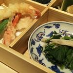 尾張 三ぶん - 幕ノ内御膳2800円のサクサクの天ぷらとアシタバの御浸し