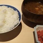尾張 三ぶん - 幕ノ内御膳2800円のご飯・味噌汁・香物