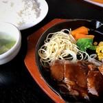 こばやし亭 - シャリアピンステーキ