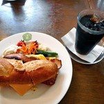 グラウビュンデン - 料理写真:グラウビュンデンサンド & アイスコーヒー