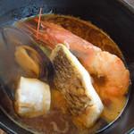 Hotel Sea Shell - 海老、白身魚、ムール貝、貝柱、ジャガイモなど
