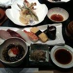 7075191 - 2500円の寿司てんぷら定食