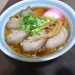 音羽屋 - 料理写真:チャーシューメン(600円)