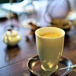 サルトリイバラ喫茶室 - 甘チャイ