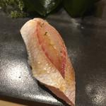 不動前 すし 岩澤 - 小鯛の酢〆