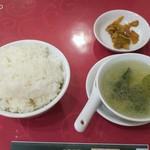 70764358 - ランチのご飯、スープ、搾菜