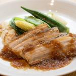 BISTRONOMIE CANVAS - 今日のお肉ランチは豚バラのロティ ジャポネソースでした。ジャポネソースイイ!!