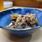 家庭料理 小川 - 牛肉ごぼう玉葱のしぐれ煮