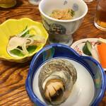 多津味 - サザエ壷焼きと、定食に付くあれこれ