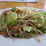 つちや - 肉野菜炒めのアップ