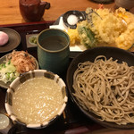 あん彦 - 夏季限定  塩おろしそばを天ぷらセットにしてもらいました。