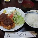 八千仙 - 料理写真:味噌かつ定食 1,000円