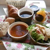 ホテルワカバ - 料理写真:バスケットのモーニング