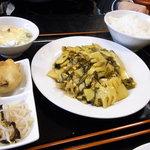 登龍門 - たけのこと高菜と豚肉の炒め