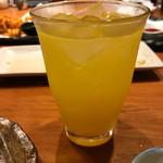 沖縄料理 馳走屋 楽 - マンゴーと泡盛サワー