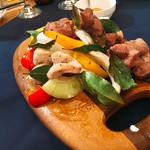 ビアキッチン肉バル ジカビヤ -