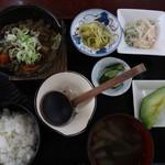さくら亭 - サクラ煮込み定食