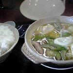 7078165 - ホルモン鍋定食 850円