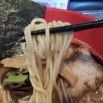 らいじん - 中太麺