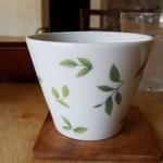 カフェ自休自足 - 可愛いカップです。