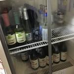 花くじら - 座敷席の冷蔵庫