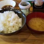 70783977 - ご飯と味噌汁です。