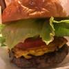 アメリカ食堂 サンズ・ダイナー - 料理写真:沖縄バーガー エッグインゴーヤ
