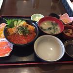 70785140 - ウニいくら丼定食 夏料金? 2400円