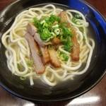 芭蕉庵 - 沖縄そば(ハーフ) 450円