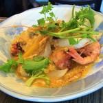 yaesu海老バル richPakchi - 福井県産モチ海老とチキンと野菜のパッポンカレー