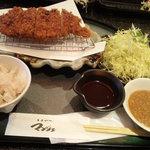 とんかつ マンジェ - ロース定食