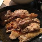 つけそば 黒門 - 地鶏の塩焼き300円