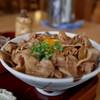 たくみの里食堂 - 料理写真:豚丼